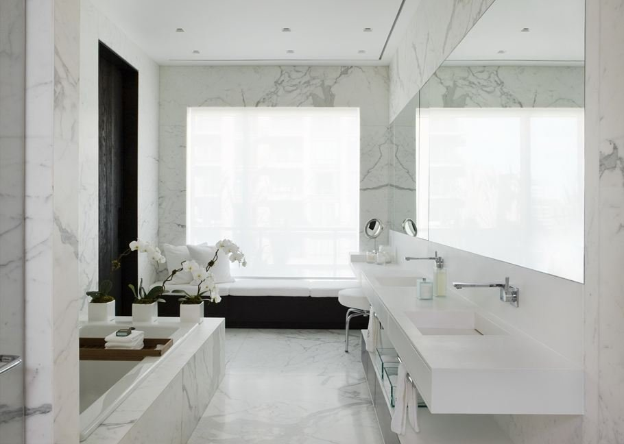 marble effect tiles bathroom