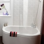 small corner bath tub