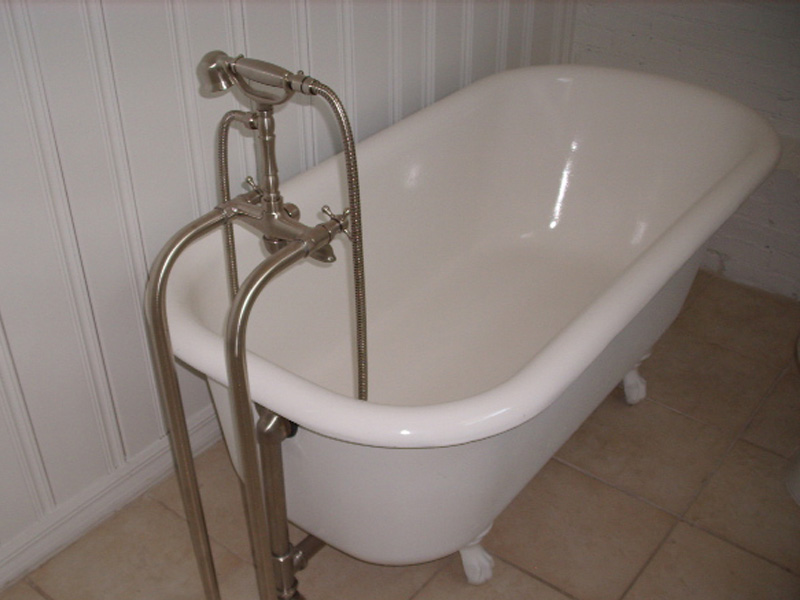 brushed nickel clawfoot tub faucet - Faucets For Clawfoot Bathtubs ...