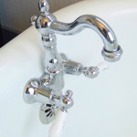 clawfoot tub wall mounted faucet