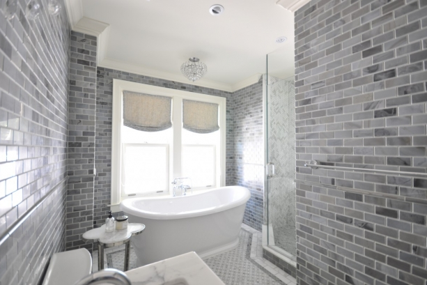 Grey subway tile bathroom top 3 grey bathroom tile ideas for Bathroom ideas grey tiles