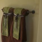 bathroom towel rack decorating ideas