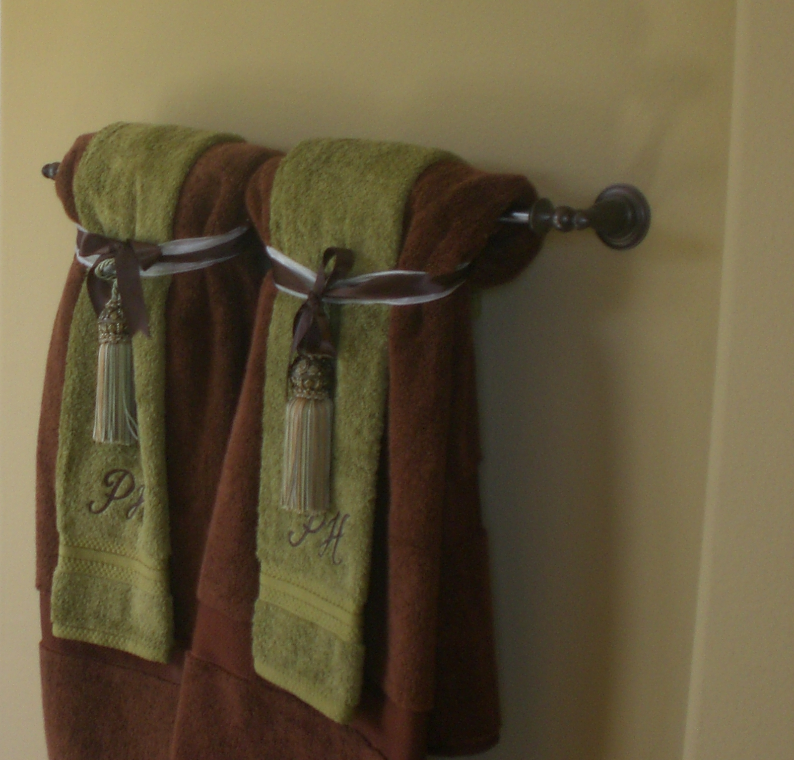 How To Сhoose A Perfect Towel Rack For Your Bathroom U2014 Bathroom Towel Rack Decorating  Ideas