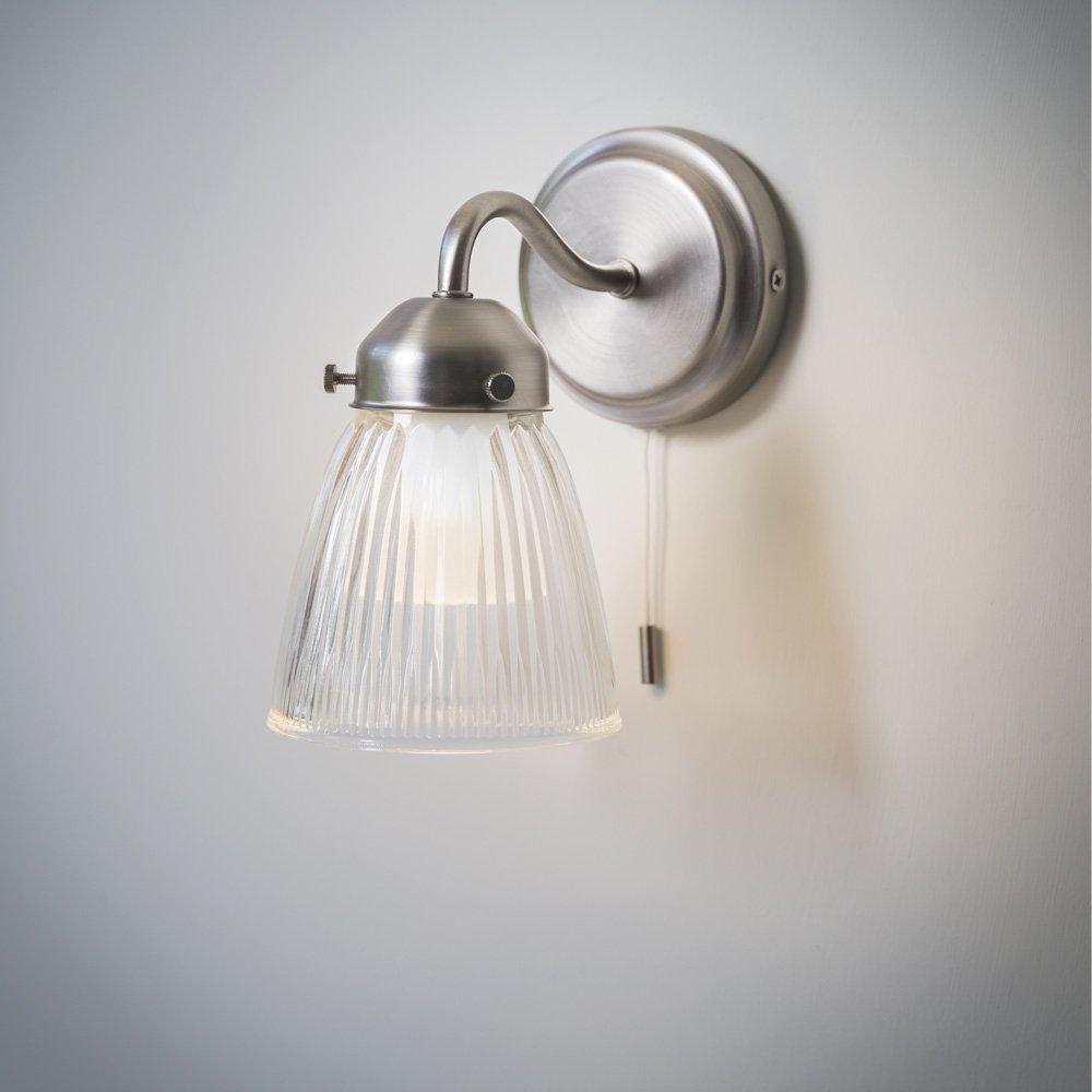 Traditional Bathroom Wall Lights The