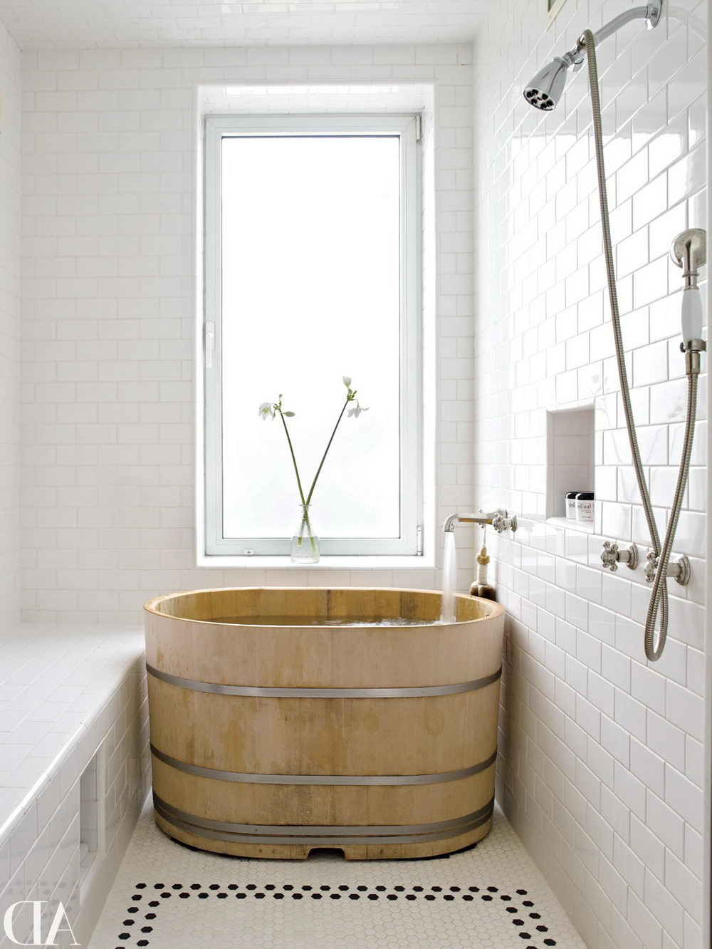 Japanese Soaking Tub - Top Ideas for Installing Short Bathtubs in ...