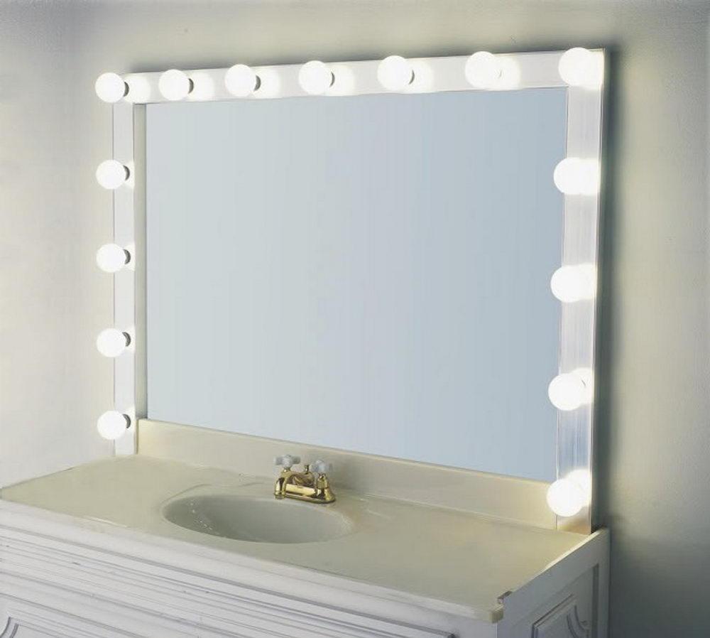 mirror with light bulbs ideas